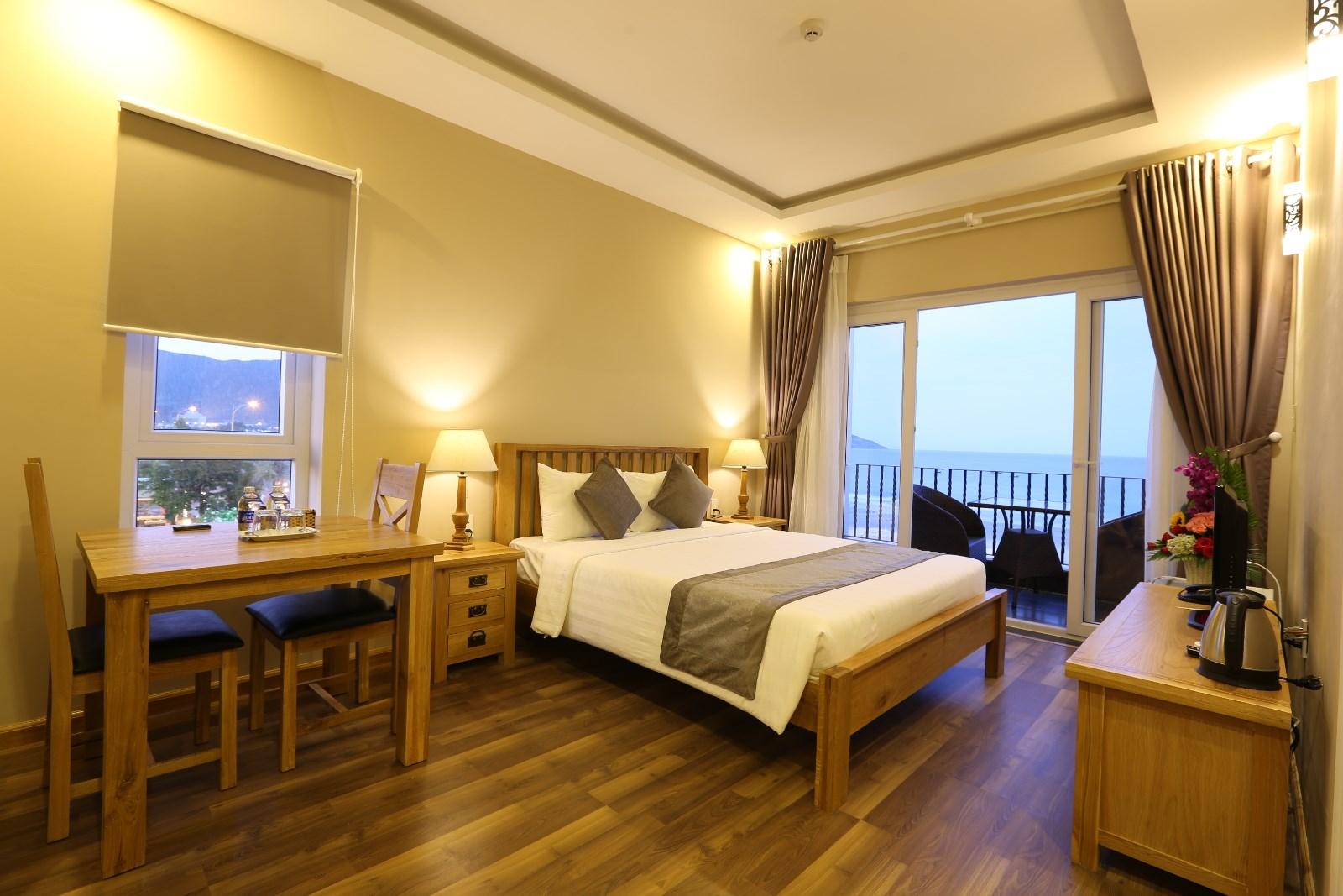 Image result for khách sạn đi du lịch