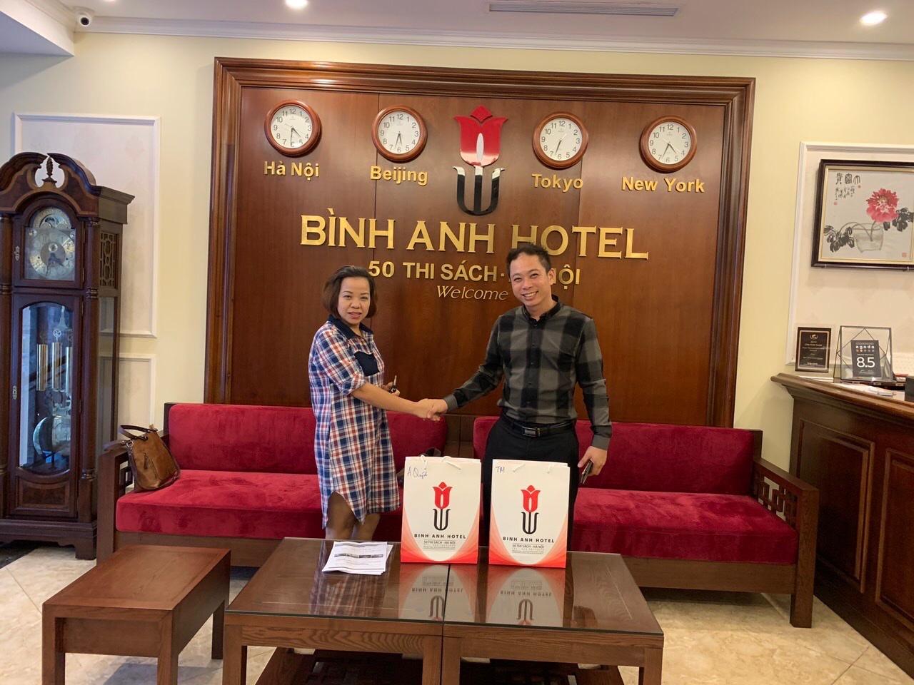 <p>Chủ tịch hiệp hội du lịch cộng đồng Việt Nam, VCTC và thành viên rất hài lòng khi đến khảo sát Bình Anh Hotel, thuận tiện giao thông, sạch đẹp giá hợp lý!</p>