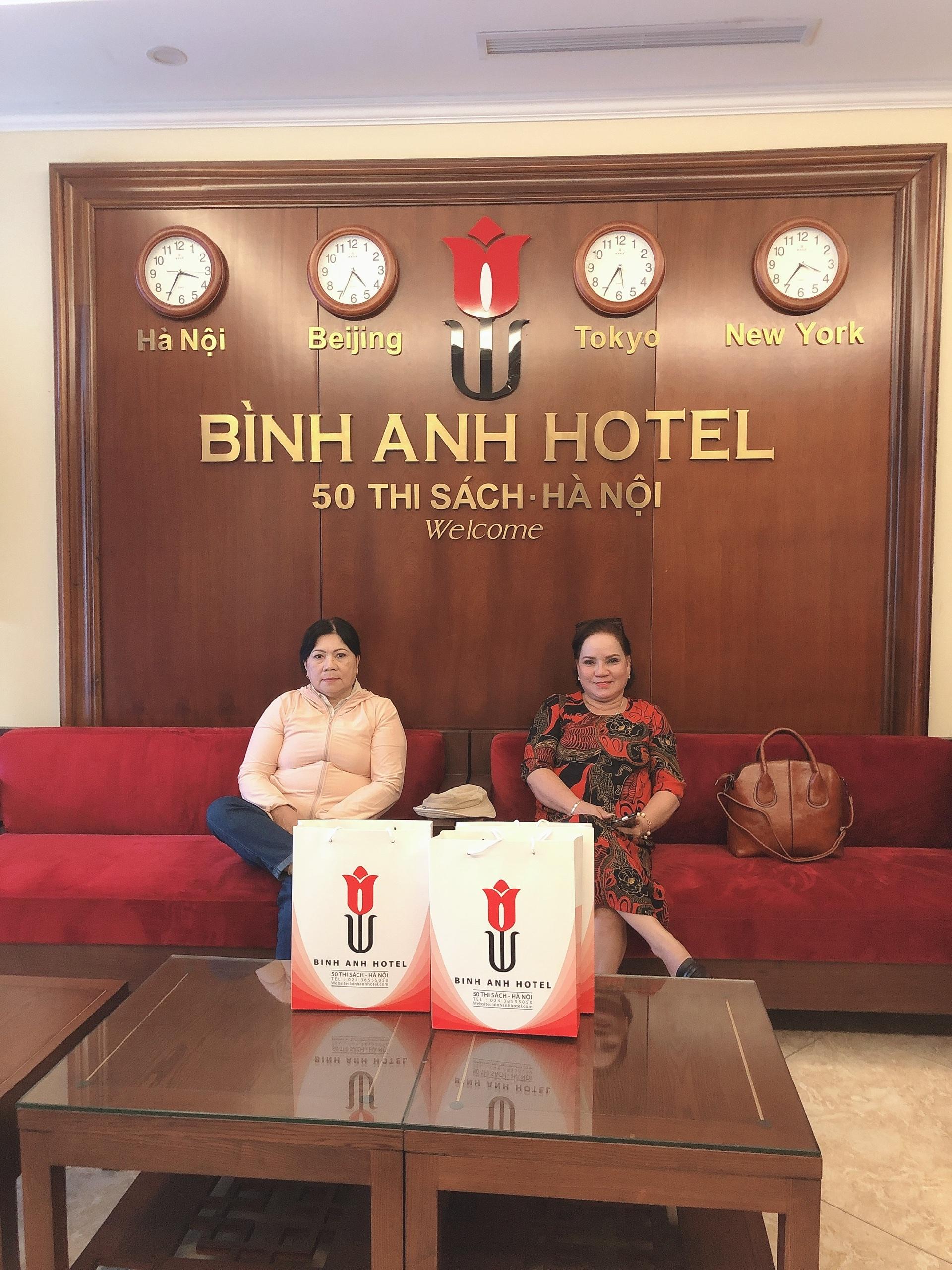<p>Tôi là dân Phú Quốc hay ra HN công tác, được bạn bè giới thiệu đến ở tại Khách sạn Bình Anh, tôi thấy rất hài lòng vì cách phục vụ nhiệt tình của cả nhân viên lần bà chủ khách sạn</p>